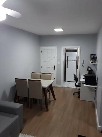 Apartamento de 2 Dormitorios na praia Comprida AP 5832