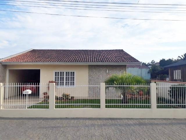 Casa com 02 Quartos + 01 Suíte no Itaum