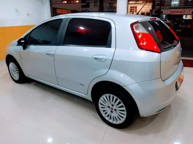Fiat Punto Attractive 1.4 2011 novo!!! - Foto 9