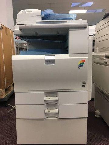 Copiadora colorida A3 ricoh 2050