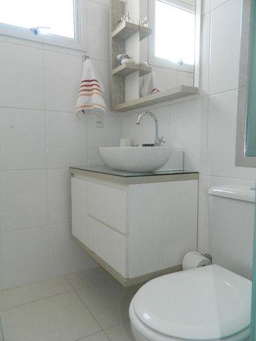 Capoeiras 2 dormitórios com muito espaço , suíte e sacada com garagem - Foto 18