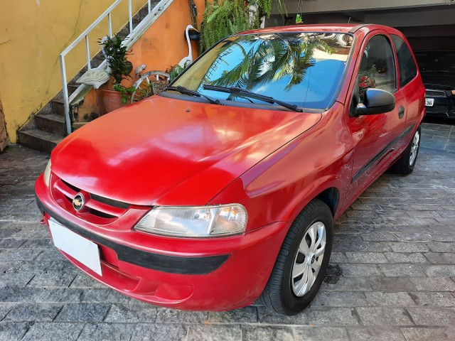 Chevrolet Celta Spirit  1.0 8v 05 Vermelho  * Parcelo na Promissória * - Foto 2