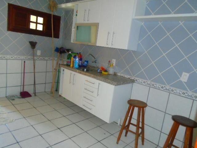 R.O Linda casa 3 dorm, churrasqueira e vagas na garagem - Foto 14