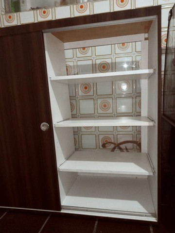 Expositor de madeira com vidro - Foto 4