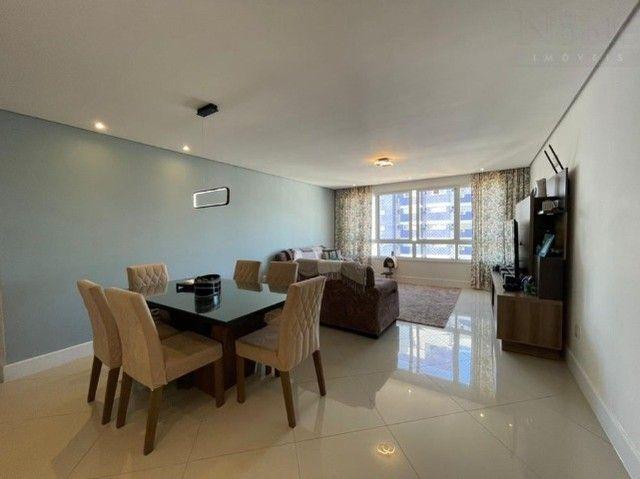 Apartamento 2 dormitórios na Praia Grande, condomínio completo, bem localizado