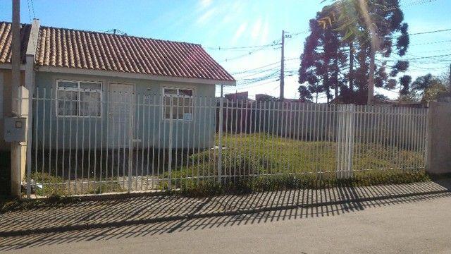 Linda Casa em Condomínio com amplo terreno *Leia o Anúncio* - Foto 8