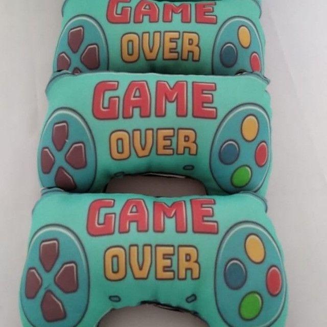 Almofadas game over