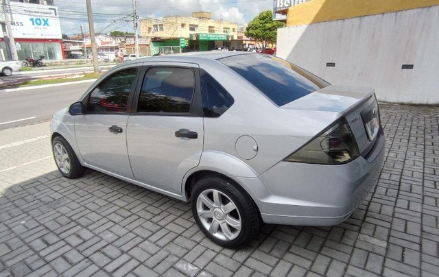 Ford Fiesta Sedan 1.6 Flex! - Foto 5