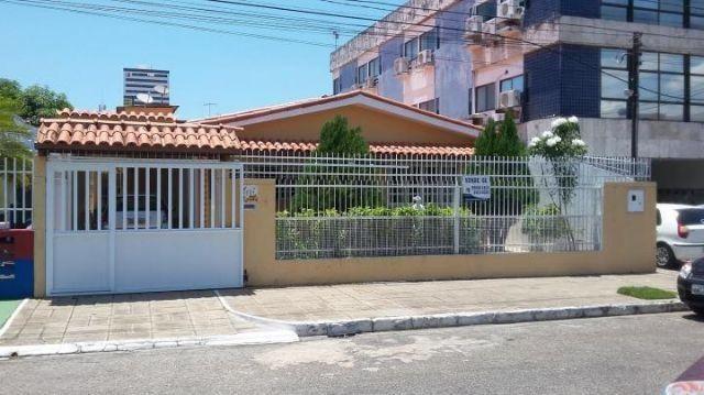 Farol - Casa com 04 quartos