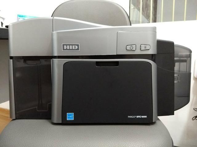 Impressora FARGO Dual para Crachá