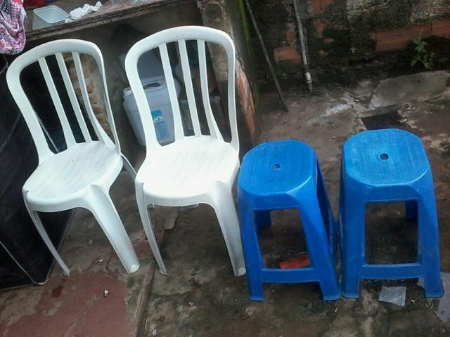 Duas cadeiras i dois tanboletos apenas 60$$