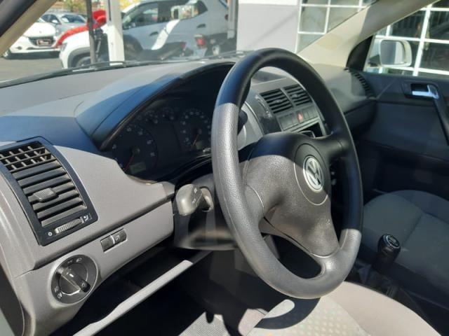 Volkswagen Polo Sedan 1.6 8v - Foto 17