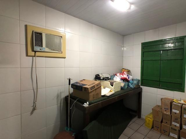 Casa em avenida principal de Olinda para comércio, de esquina positiva - Foto 13