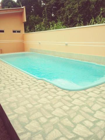 Casa com piscina em Itapoá