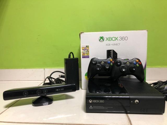 Xbox 360 - 250Gb - Kinect - 2 Controles - 15 Jogos Originais - Foto 2