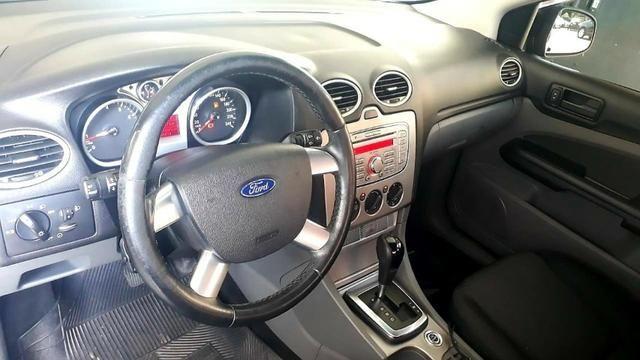 Focus sedan 2.0 glx - Foto 4