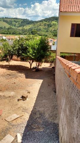Vendo- Terreno em São Lourenço-MG com 250 m²