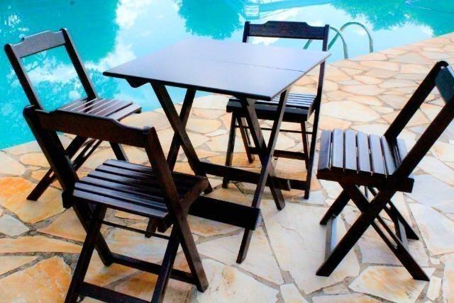 Festival das mesas: Conjunto Mesa de bar e restaurante dobrável com 4 cadeiras
