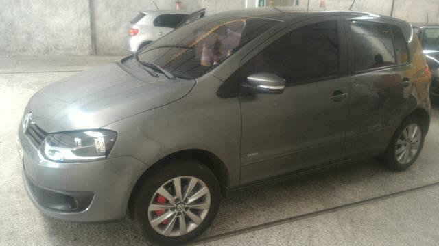 Lindo fox carro 1.6 completo