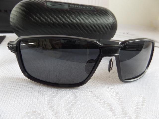Óculos Oakley Carbon Prime Scuderia Ferrari Preto Polarizado - Novo e  Importado 81222fe2e1