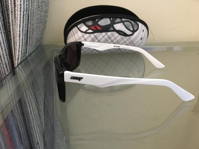 Óculos de sol Reef e Quiksilver vendo os dois por 200 ou um por 100 ... bd2a6e6316