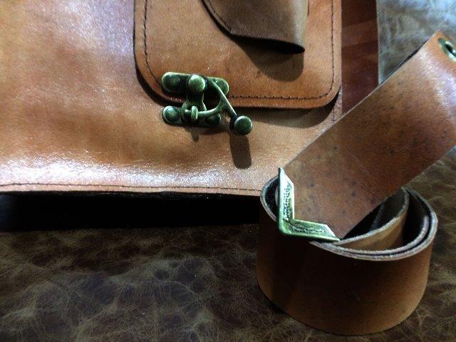 Bolsa em couro legítimo , tipo velho oest - Foto 3