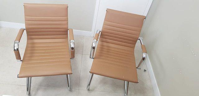 2 Cadeiras escritorio ou consultório - Foto 6