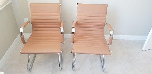 Conjunto cadeiras escritório  - Foto 3