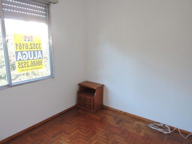 Cód 1960 Ap reformado com Ar condicionado, 02 dormitórios. Próximo da Av. Ipiranga - Foto 8