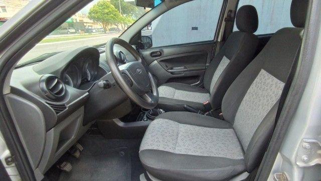 Ford Fiesta Sedan 1.6 Flex! - Foto 7
