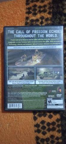 JOGO SOCOM 3 U.S NAVY SEALS PS2 USADO  - Foto 2