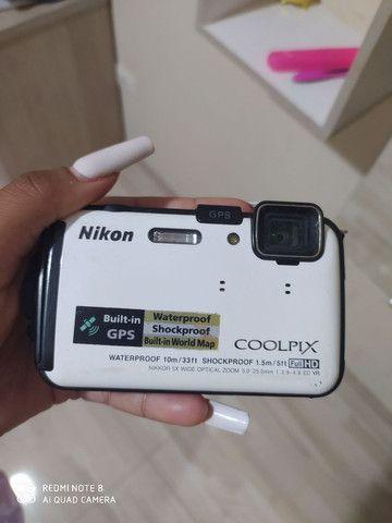 Nikon COOLPIX AW130 Câmera digital impermeável<br>NOVA ( Branca)