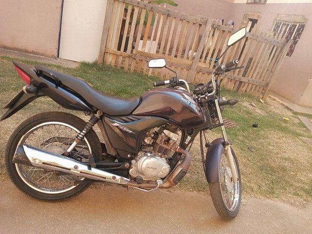 Vendo moto Fan 125 bem conservada ano 2012  - Foto 4