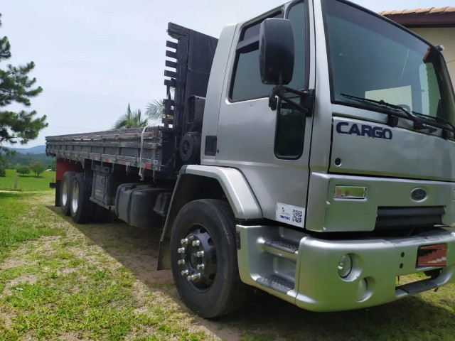 Ford Cargo 2428 Carroceria parcelamos - Foto 3