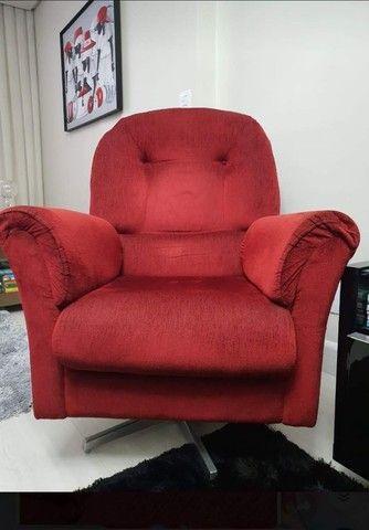 Poltrona vermelha (2 unidades por R$1.200,00) - Foto 2