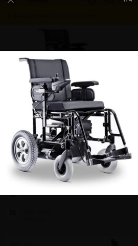 vendo Cadeira elétrica ou automática pra adulto como era mais conhecida