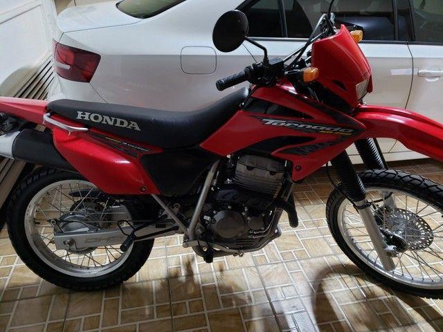 Vendo moto Honda Tornado - Foto 9