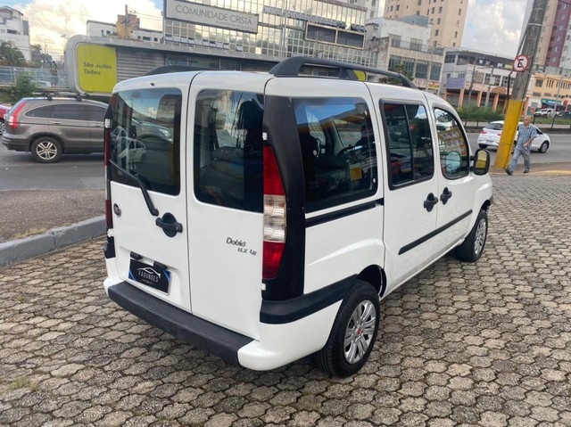 Fiat Doblò ELX 1.8 8V (Flex) - Foto 5