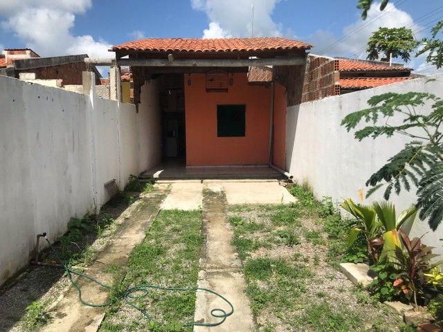 Vendo casa na pacatuba próximo ao dozinho da gia  - Foto 2