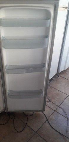 Vendo ótima geladeira 110 volts  - Foto 4