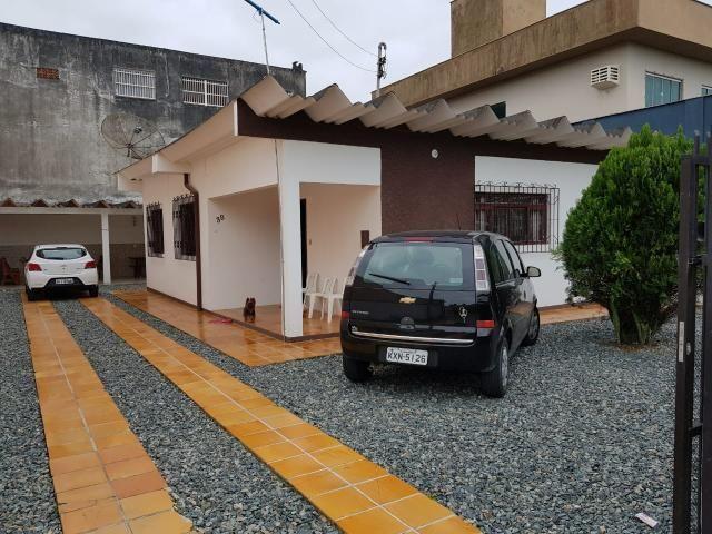 Casa com 3 quartos para temporada Praia Alegre-Penha