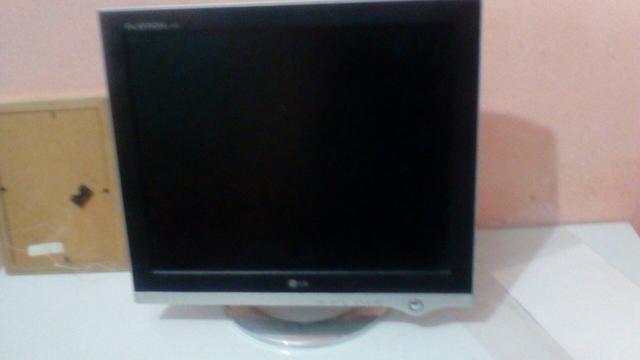 Vendo monitor de pc lg 17 polegadas