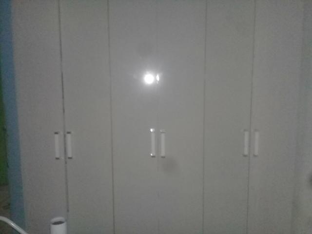 Vendo Guarda Roupa 6 Portas e 2 Gavetas Super Conservado
