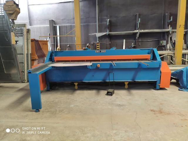 Casal de máquinas para corte e dobra, dobradeira e guilhotina 3 metros para 6 mm - Foto 4