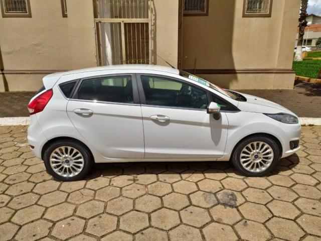 FORD FIESTA 1.6 TITANIUM HATCH 16V FLEX 4P POWERSHIFT. - Foto 4