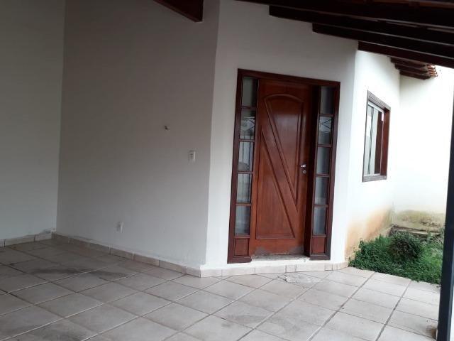 Excelente casa no bairro Eldorado com 3 quartos e 2 vagas de garagem. Oportunidade!!!