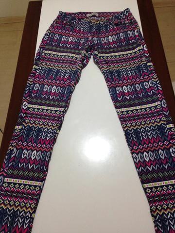 Calça Jeans de Estampa Étnica Tamanho 44