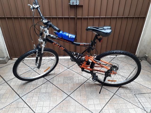 Vende-se Bicicleta usada Caloi XRT - Aro 26 - 21 Marchas - Full Suspension