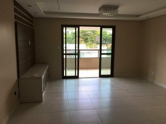 Apartamento novo em localização privilegiada em prédio com infraestrutura completa
