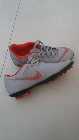Chuteira Nike mercurial original. Campos-Rj - Esportes e ginástica ... eb44c2932a55f